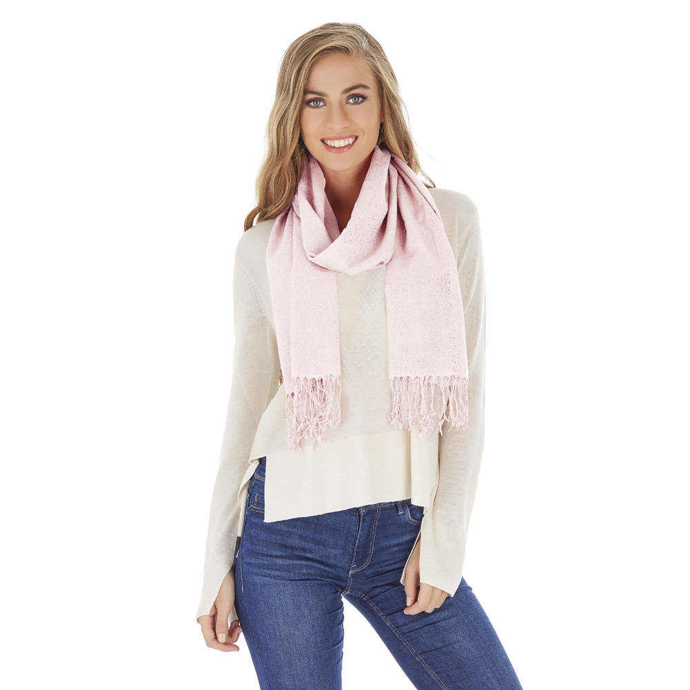 Wholesale Scarf Distributor for Retail Stores